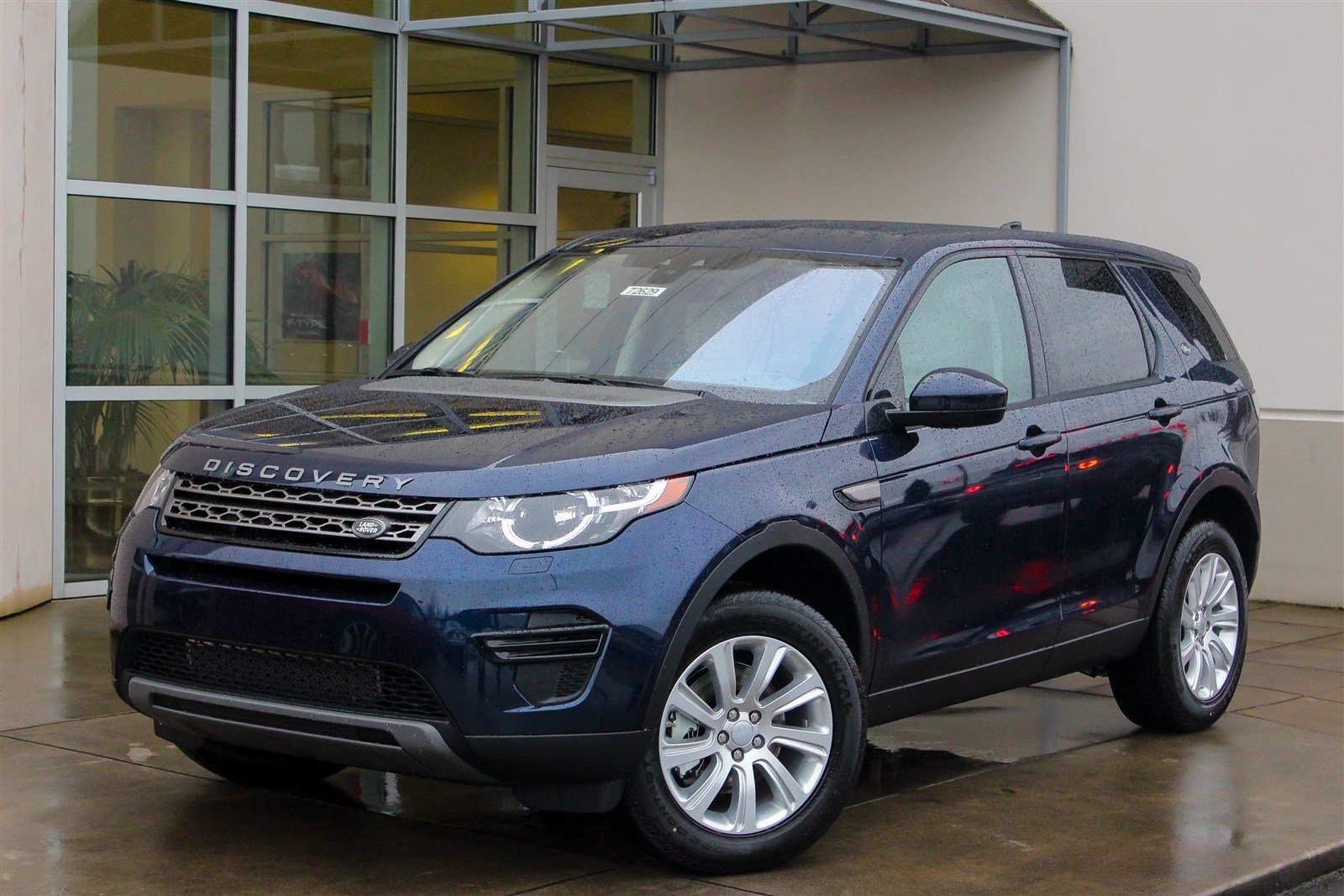 new 2017 land rover discovery sport se sport utility in bellevue 72629 land rover bellevue. Black Bedroom Furniture Sets. Home Design Ideas